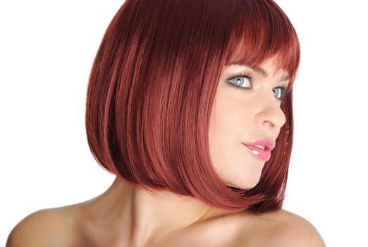 Taglio capelli caschetto rosso