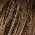 castano-chiaro-caldo-con-effetto-finta-ricrescita-nougat-rooted